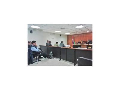 Pese a que compra de edificio fue legal, condenan a ex ministro Riart