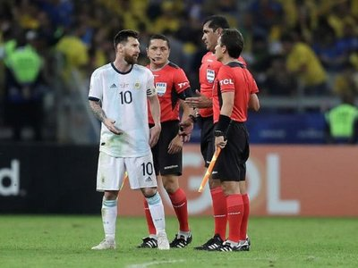 "Messi: ""Brasil maneja mucho en la Conmebol"""