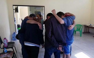 Realizan terapia integrativa en Centro de Desintoxicación de Alto Paraná