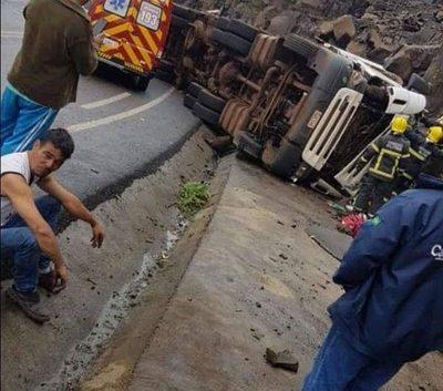 Camionero paraguayo fallece en accidente en Brasil