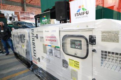 Gobierno entrega equipos hospitalarios para 20 USF de San Pedro y Concepción