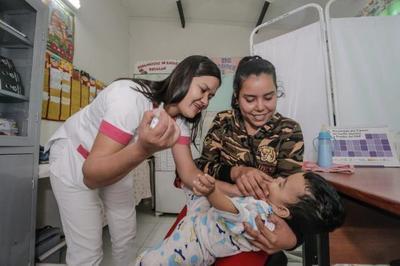 Entregan equipos hospitalarios para 20 USF de San Pedro y Concepción