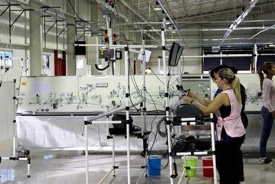 Duro golpe del gobierno de Bolsonaro a la industria nacional