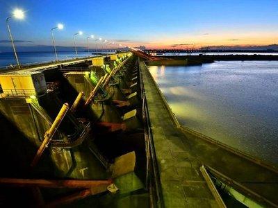 Argentina y Paraguay avanzan en su integración fluvial