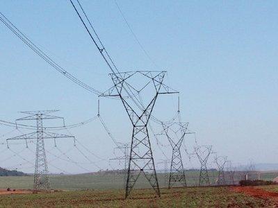Error de empresa eléctrica causó apagón en Argentina y Uruguay