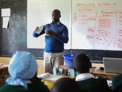 El primer africano elegido mejor maestro del mundo