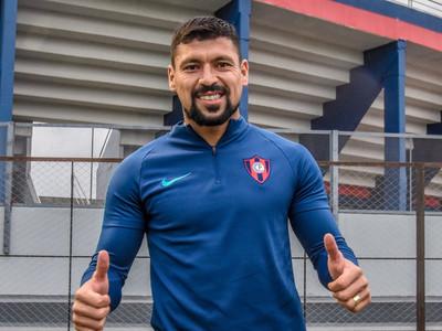 El Ciclón oficializa la contratación de Juan Patiño