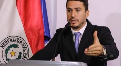 HOY / Viceministro de los US$ 130 millones se autonombró como coordinador de ciberseguridad