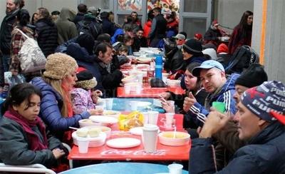 HOY / Clubes se unen para proteger del frío a personas en situación de calle