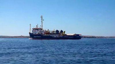 Otros barcos con migrantes ponen a prueba al gobierno italiano y a Salvini