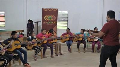 Cayin o Clim: Conquistan a niños y jóvenes indígenas a través del Arte
