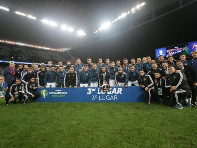 En partido polémico, Argentina superó a Chile y obtuvo el tercer puesto