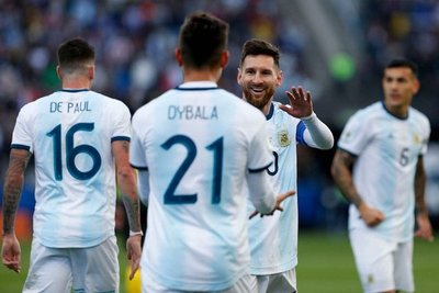 """En partido caliente Argentina derrota a Chile y gana """"el consuelo"""" del tercer lugar"""