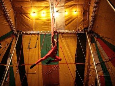 Documental sobre circo paraguayo en la Manzana de la Rivera