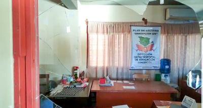 Delincuentes roban en dirección departamental de Educación