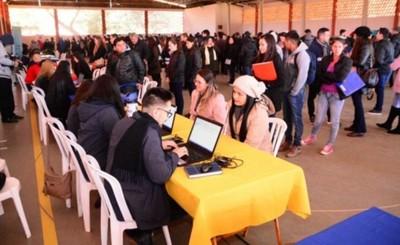 Feria de Oportunidades ofreció 408 puestos laborales, becas y cursos