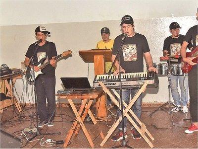 Presos de Tacumbú quieren trascender con la cumbia