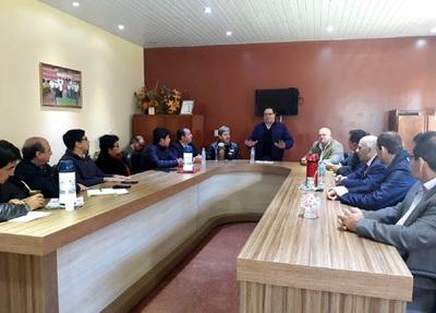 Director general de Itaipu mantuvo reunión de trabajo con intendentes