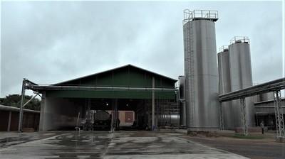 Producción de leche se restablece tras duro golpe de inundaciones en el Chaco