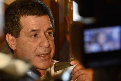 Llano niega una vez más juramento de Horacio Cartes