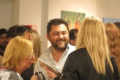 Paraguayo lanza libro de cuentos en varios países de la región
