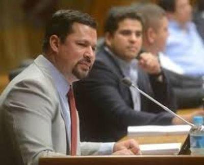 Ulises Quintana solicita su reincorporación a la Cámara de Diputados