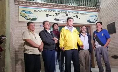 HOY / Infierno del tránsito en Villa Morra, zona comunal y en el  microcentro: taxistas protestan