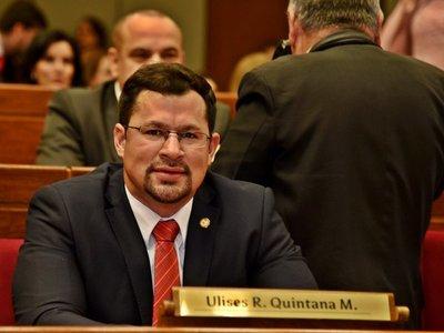Ulises Quintana pide su reincorporación en Diputados