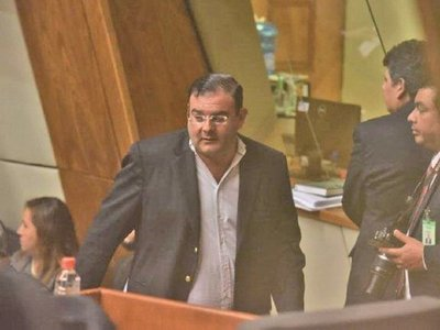 Jueza cita al diputado Tomás Rivas para las medidas cautelares