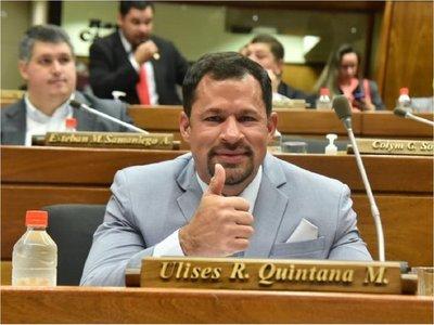 Ulises Quintana vuelve a su banca luego de estar 10 meses preso