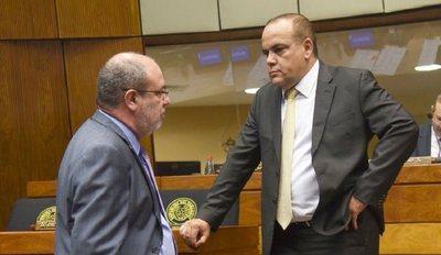 """La oposición de Honor Colorado a """"reasunción"""" de Ulises desnuda los apoyos y rechazos a legislador ligado al caso narco"""