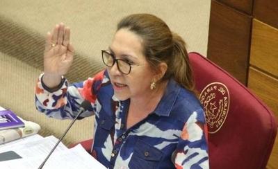 HOY / Justicia es selectiva, dice senadora sobre Ulises Quintana