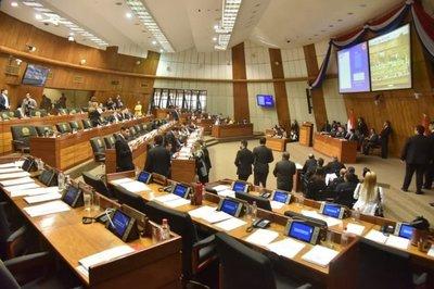Diputados levanta sesión en medio de polémico regreso de Quintana
