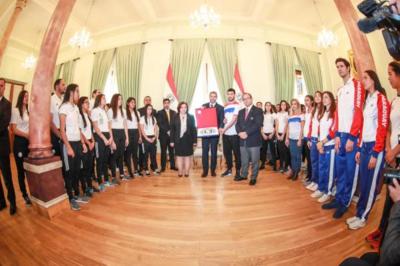 Mario Abdo sostiene que el ejercicio de una competencia sana transformará el espíritu del Paraguay