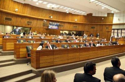 Diputados aprueban en general Ley de impuestazo