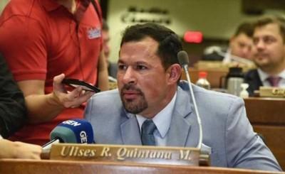 Quintana volvió a su banca y generó la molestia de Honor Colorado