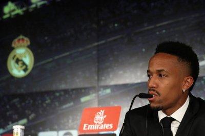 ¡Se sintió mal durante su presentación en Real Madrid!