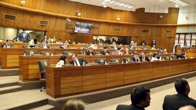 """Diputados modifican texto del """"impuestazo"""" y vuelve al Senado"""