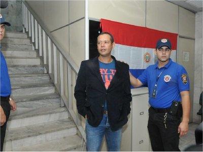 Fijan fecha de audiencia preliminar para Roberto Osorio y su esposa
