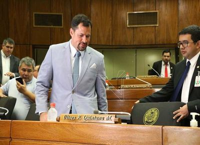 Quintana reasume su banca pese a estar procesado por narcotráfico