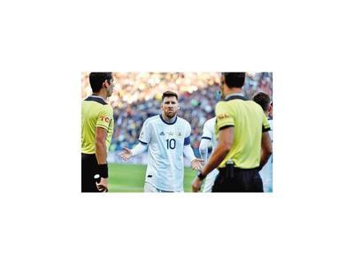 Lionel Messi   tendría una durísima sanción