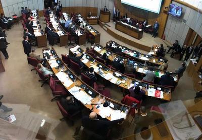 Senado analiza hoy terna para ministro de la Corte