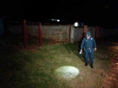 Fue asaltado frente al portón de su casa en Capiatá