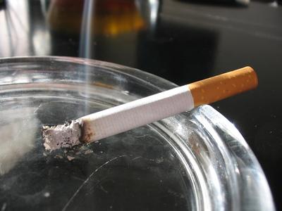 Oposición critica rebaja impositiva al tabaco en reforma tributaria