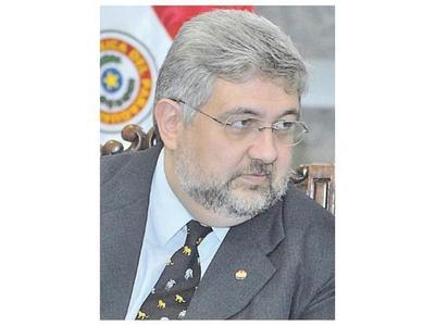 El Ejecutivo decreta movidas en sedes diplomáticas en medio de malestares