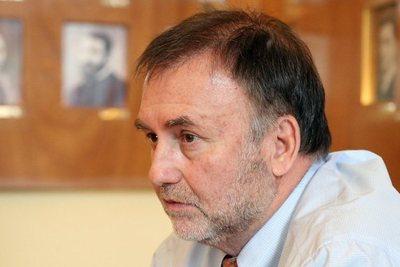 Benigno López dice tener un patrimonio limpio y no piensa renunciar