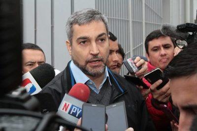 """Mario Abdo desmiente """"años amistad y afinidad"""" con Carolina Llanes"""