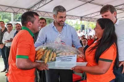 Emprendedoras de la agricultura familiar reciben apoyo a sus iniciativas