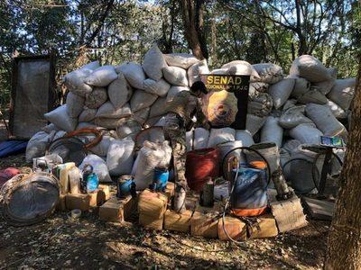 SENAD destruye campamento con 12 toneladas de marihuana