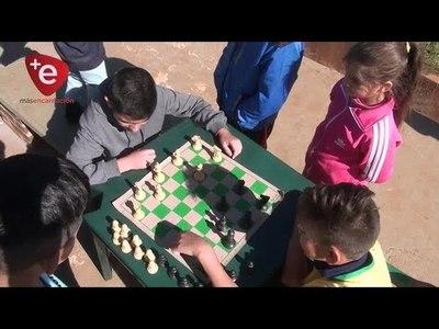 El ajedrez resiste al paso del tiempo y suma adeptos